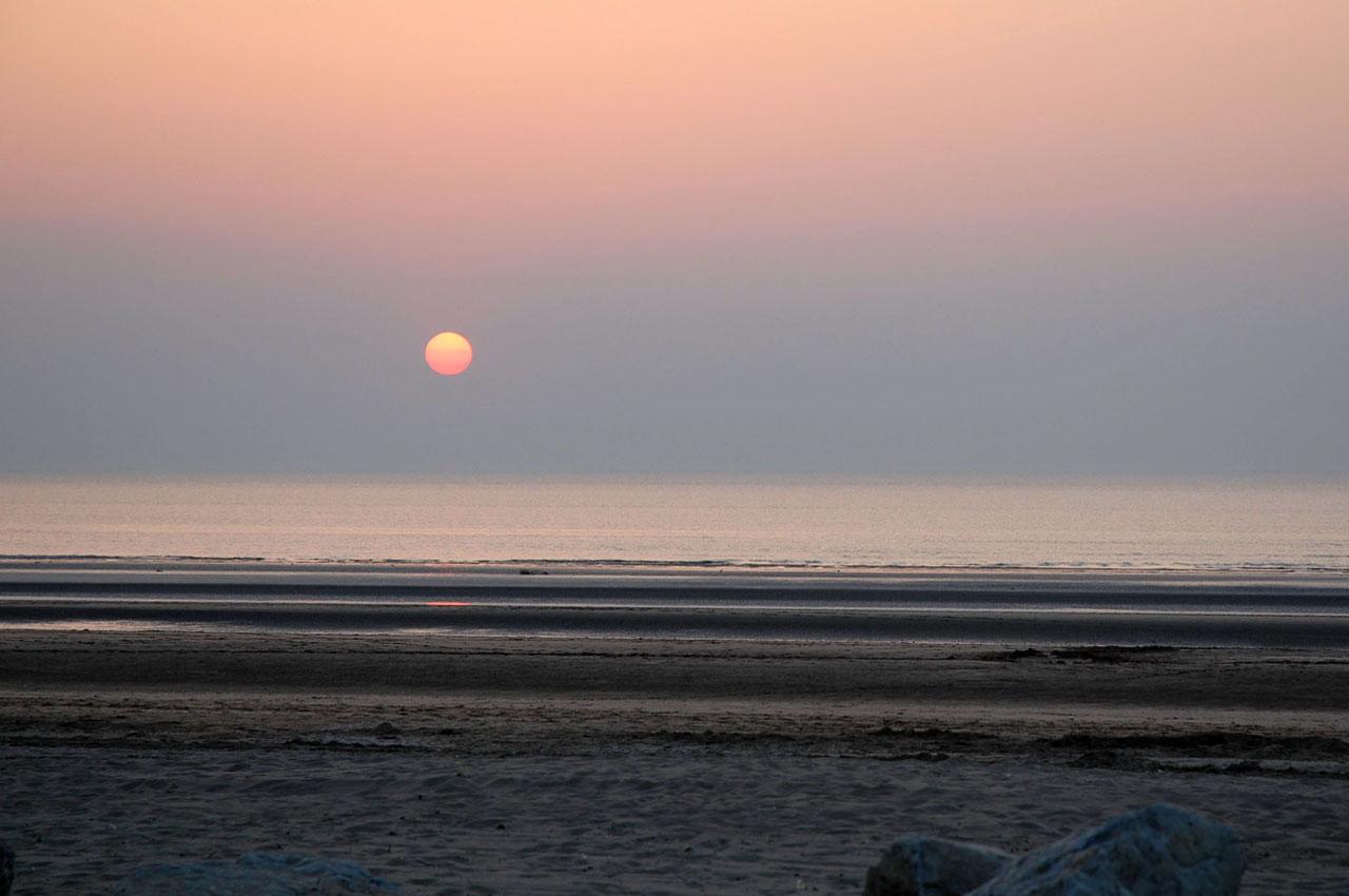 De Soleil Sur La Plage De Deauville. Pinoy 365 Categories Teleserye