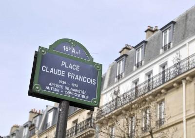 Place Claude François à Paris 16e