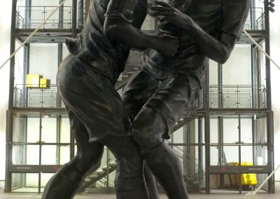 La statue d'Abdessemed : Zidane et Materazzi à Beaubourg