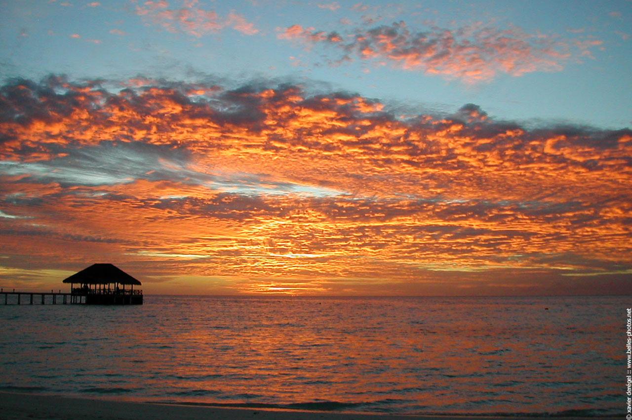 Beau coucher de soleil aux maldives belles photos - Photos coucher de soleil ...