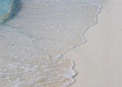 Eau turquoise transparente aux Maldives