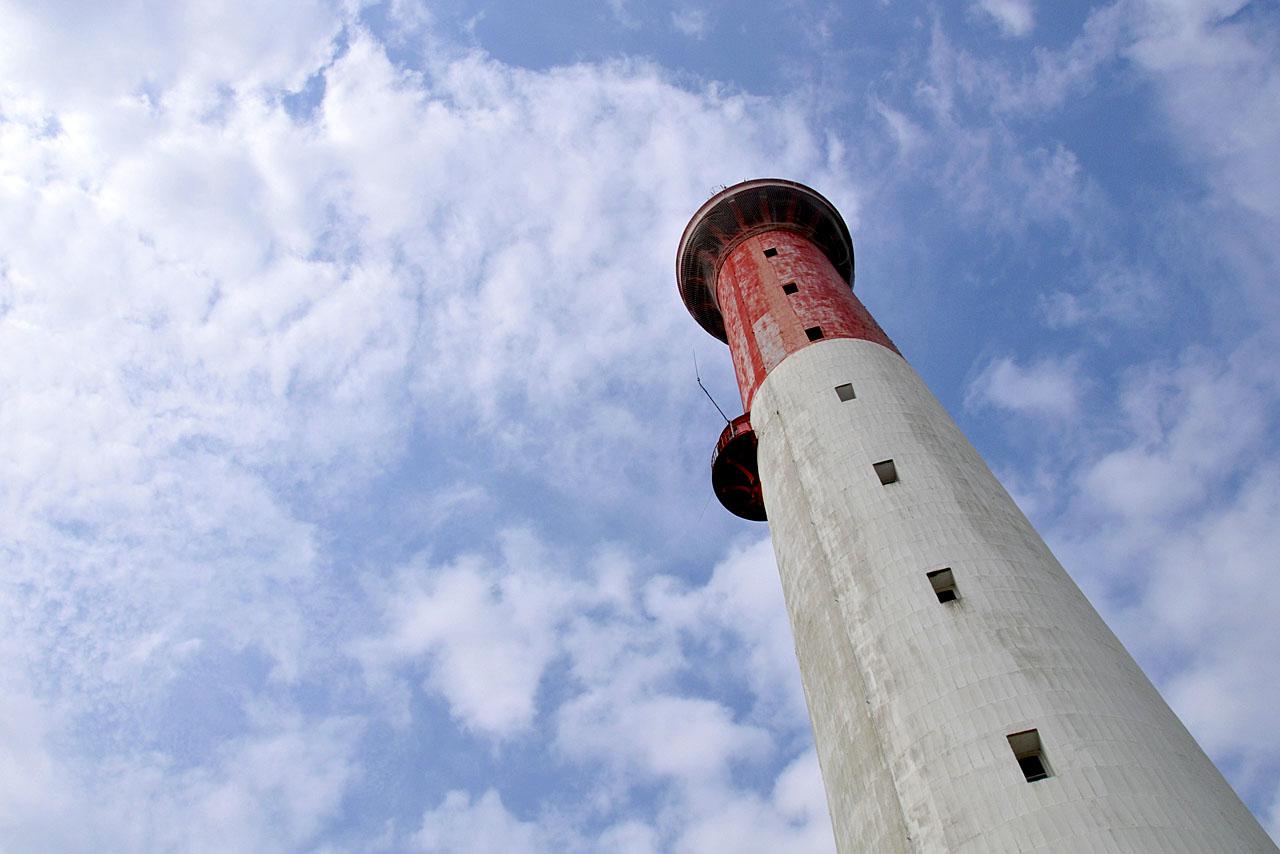 Rayon de soleil sur le phare de La Coubre