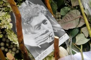 La tombe d Alain Bashung au Pere Lachaise le 23 mars 2009
