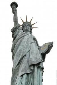 statue liberte ciel blanc