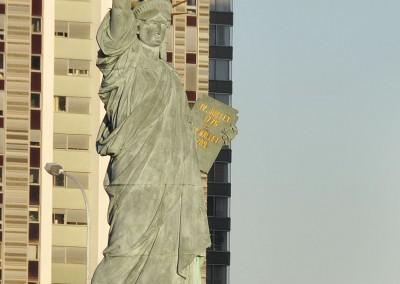 La statue de la liberte de côté