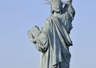 Le haut de la statue