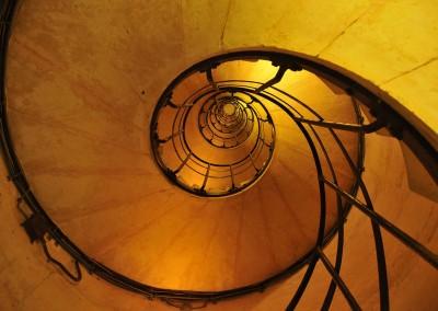 L'escalier de l'arc de triomphe