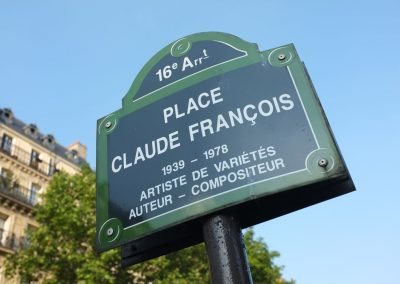 Place Claude François à Paris