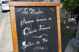 """""""Le moulin"""" Ancienne demeure de Claude François"""