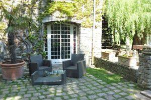 Porte sur jardin - Moulin de Claude François