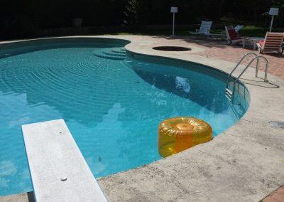 Au bord de la piscine de Claude François