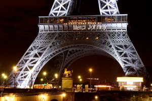 Tour Eiffel - Merci Johnny