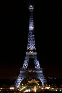 Merci Johnny - Tour Eiffel