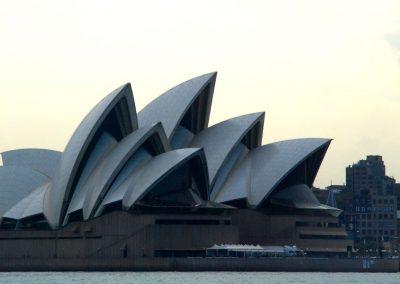 L'opéra de Sydney entre chien et loup