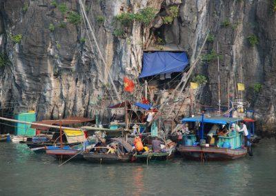 Les pêcheurs de la Baie d'Halong