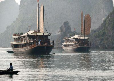 Bateaux sur la Baie d'Halong