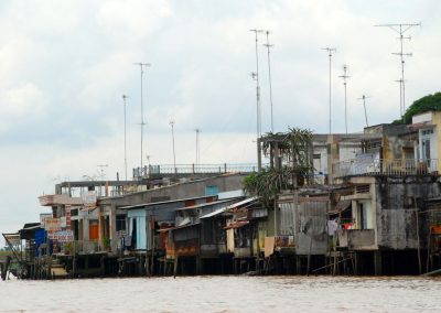 Habitations sur le delta du Mekong