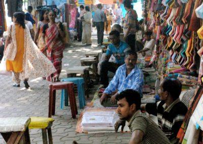 Rue marchande à Calcutta
