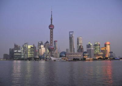 Pudong entre chiens et loups à Shanghai