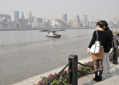 Sur les rives de la rivière Huangpu à Shanghai